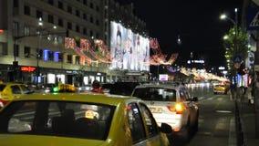 Βουκουρέστι, την 1η Δεκεμβρίου 2015: Φως νυχτών Χριστουγέννων από το Βουκουρέστι στη Ρουμανία φιλμ μικρού μήκους