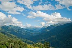 Βουνά ανατολής στοκ εικόνες