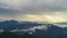 Βουνά από τον υψηλό Στοκ εικόνα με δικαίωμα ελεύθερης χρήσης
