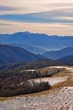 βουνά βραδιού φθινοπώρο&upsilo Στοκ εικόνα με δικαίωμα ελεύθερης χρήσης