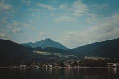 Βουνά λιμνών και ορών Tegernsee Στοκ Φωτογραφία