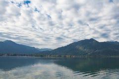 Βουνά λιμνών και ορών Tegernsee Στοκ φωτογραφία με δικαίωμα ελεύθερης χρήσης
