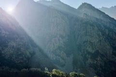 Βουνά και ουρανός Στοκ Φωτογραφία