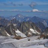 Βουνά και παγετώνας στην Ελβετία Στοκ φωτογραφία με δικαίωμα ελεύθερης χρήσης