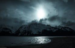 Βουνά και σεληνόφωτο Στοκ Εικόνες
