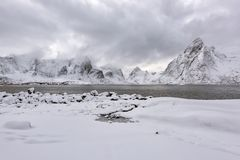 Βουνά και χιονισμένες περιοχές στοκ φωτογραφίες με δικαίωμα ελεύθερης χρήσης