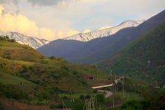 Βουνά Καύκασου, φαράγγι Argun Στοκ φωτογραφία με δικαίωμα ελεύθερης χρήσης