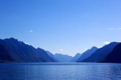 βουνά κλίσης χρώματος στοκ φωτογραφίες