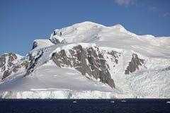 βουνά παγετώνων της Ανταρ&kap Στοκ φωτογραφίες με δικαίωμα ελεύθερης χρήσης