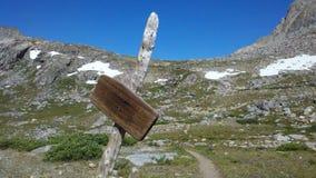 βουνά πεζοπορίας δύσκολα Στοκ Φωτογραφίες