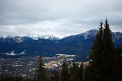 Βουνά πόλεων και Tatra Zakopane Στοκ φωτογραφία με δικαίωμα ελεύθερης χρήσης