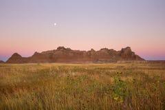 Βουνά ρύπου στο εθνικό πάρκο Badlands στη νότια Ντακότα στοκ εικόνες