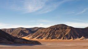 βουνά Σαχάρα της Λιβύης akakus acacus Στοκ εικόνα με δικαίωμα ελεύθερης χρήσης