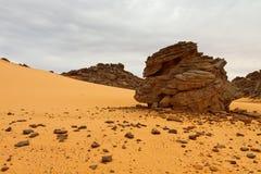 βουνά Σαχάρα της Λιβύης akakus acacus Στοκ φωτογραφία με δικαίωμα ελεύθερης χρήσης