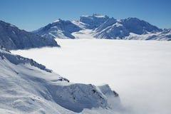 Βουνά στην Ελβετία στοκ εικόνα με δικαίωμα ελεύθερης χρήσης