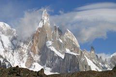 Βουνά στην Παταγωνία στοκ φωτογραφία με δικαίωμα ελεύθερης χρήσης