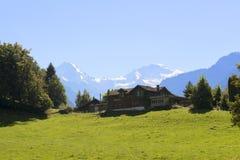 Βουνά στο Ίντερλεικεν, Ελβετία Στοκ Φωτογραφία