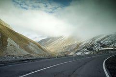 Βουνά στο Βορρά της Γεωργίας Στοκ φωτογραφία με δικαίωμα ελεύθερης χρήσης