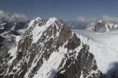 Βουνά της Αλάσκας Στοκ εικόνα με δικαίωμα ελεύθερης χρήσης