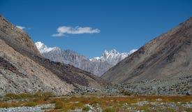 Βουνά της βόρειας Ινδίας Στοκ εικόνες με δικαίωμα ελεύθερης χρήσης