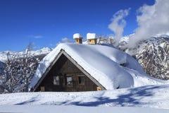 βουνά τοπίων χιονώδη Στοκ εικόνες με δικαίωμα ελεύθερης χρήσης