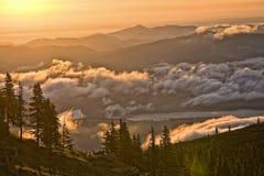 βουνά τοπίων Στοκ φωτογραφίες με δικαίωμα ελεύθερης χρήσης