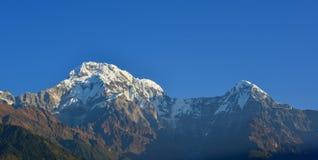 Βουνά του Ιμαλαίαυ, άποψη από Ghandruk, Νεπάλ Στοκ εικόνα με δικαίωμα ελεύθερης χρήσης