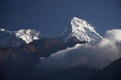 Βουνά του Ιμαλαίαυ στο Νεπάλ. Στοκ φωτογραφία με δικαίωμα ελεύθερης χρήσης