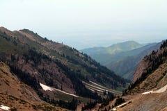 Βουνά του Καζακστάν στοκ φωτογραφίες