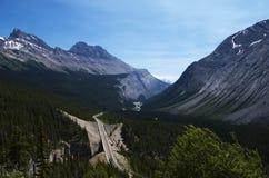 βουνά του Καναδά δύσκολα Στοκ Εικόνες