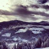 Βουνά το χειμώνα Στοκ Φωτογραφία