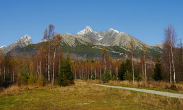 Βουνά φθινοπώρου Στοκ εικόνες με δικαίωμα ελεύθερης χρήσης