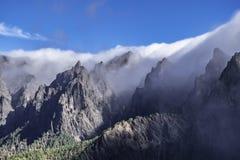 Βουνά cumbrecita palma Λα που κυλούν τα σύννεφα Στοκ Εικόνες