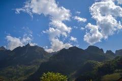 Βουνά Luang Chiangdao Doi Στοκ εικόνα με δικαίωμα ελεύθερης χρήσης