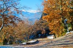 βουνά meteora της Ελλάδας χειμώνας βουνών τοπίων της Βουλγαρίας bansko Sunshin Στοκ Φωτογραφίες