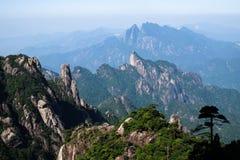 Βουνά Sanqingshan Στοκ εικόνα με δικαίωμα ελεύθερης χρήσης