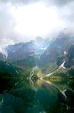 Βουνοπλαγιές που φωτίζονται υπέροχα από τον ήλιο στοκ φωτογραφία με δικαίωμα ελεύθερης χρήσης