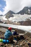βουνό ζευγών ορειβατών Στοκ Φωτογραφία