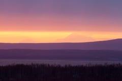 Βουνό ηλιοβασιλέματος στοκ εικόνες