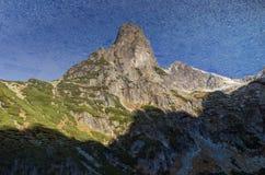βουνό λιμνών που απεικονί&z Στοκ Εικόνες