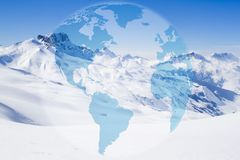 Βουνό κάστρων Acher το χειμώνα, που καλύπτεται του χιονιού Στοκ εικόνα με δικαίωμα ελεύθερης χρήσης