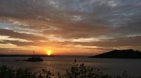 βουνό και ηλιοβασίλεμα Στοκ εικόνες με δικαίωμα ελεύθερης χρήσης