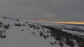 Βουνό κατά τη διάρκεια του χειμώνα απόθεμα βίντεο