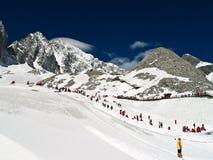 βουνό νεφριτών δράκων χιονώδες Στοκ εικόνα με δικαίωμα ελεύθερης χρήσης