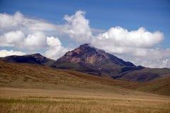 Βουνό ορεινών περιοχών στην οικολογική επιφύλαξη Antisana, Ecaudor Στοκ Φωτογραφία