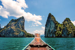Βουνό σε Khao-khao-sok Suratthani, Ταϊλάνδη Στοκ Φωτογραφία