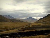 βουνό στο Περού μετά από τη θύελλα στοκ φωτογραφίες