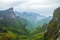 Βουνό της Κίνας Tianmen Shan Στοκ Εικόνες