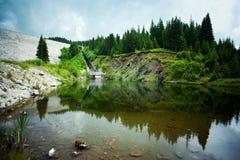 βουνό τοπίων λιμνών Στοκ Εικόνες