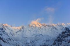 Βουνό του Ιμαλαίαυ Annapurna στην ανατολή, Νεπάλ Στοκ Εικόνες